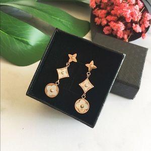 🆕New Beautiful Fashion Earrings